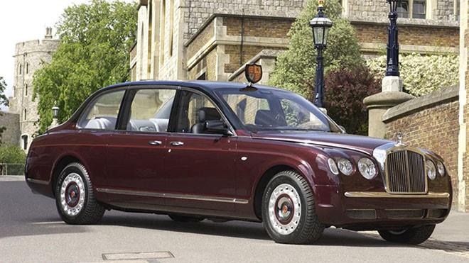 Bentley-Arnage-R-Reina Inglaterra